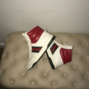 Used Gucci size 9/12 ostrich leather sneakers